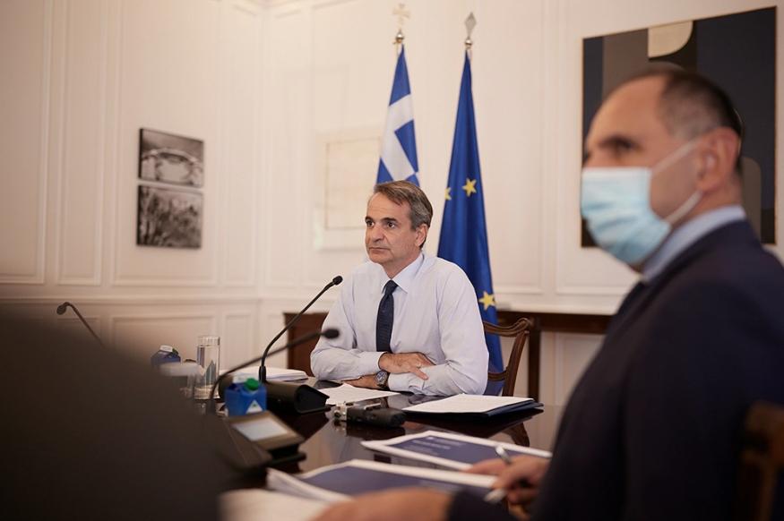 Ο Πρωθυπουργός μίλησε για τα δύο σημαντικά στοιχεία της ελληνογαλλικής συμφωνίας, κατά τη διάρκεια του υπουργικού συμβουλίου.